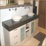 A fürdőszoba berendezése legyen esztétikus, harmonikus.