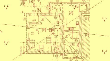 A ház homlokzati iránya: Kelet 105°, fekvési iránya Nyugat 285°, tehát a ház trigramja Dui.