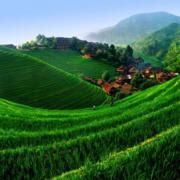 A mélyen fekvő völgyek Jin jelleget hangsúlyozzák.